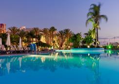 H10梅洛尼拉斯海灘皇宮酒店 - 馬斯帕洛馬斯 - 游泳池