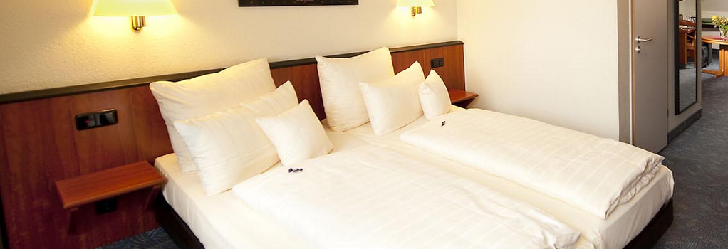 Advantage Hotel - 紐倫堡 - 臥室