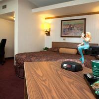 O'Haire Motor Inn Guestroom