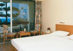 斯萊那海灘酒店 - 羅德鎮 - 臥室