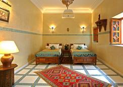 里亞德馬洛凱恩旅館 - 馬拉喀什 - 臥室