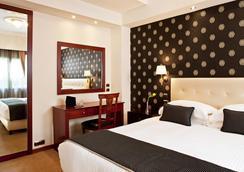 阿瓦套房酒店 - 雅典 - 臥室