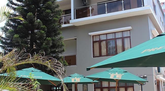 Sommerschield Guest House & Restaurant - 馬布多 - 建築