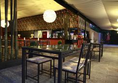 Fergus Paraiso Beach- Adults Only - Santa Eularia des Riu - 酒吧