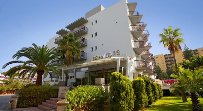 Fergus Bermudas - Palma Nova - 建築