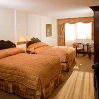 Avenue Plaza Hotel Guestroom