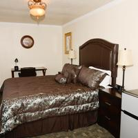 City Center Motel Guestroom