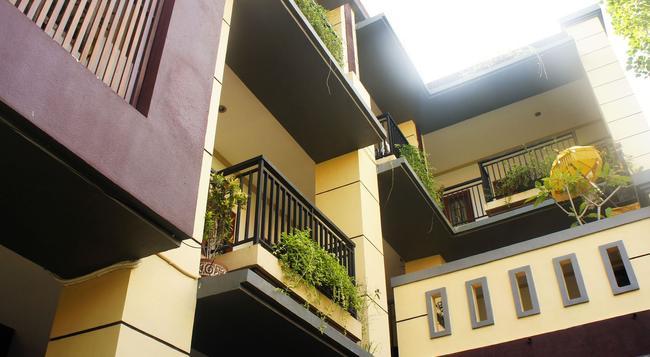 La Mulya Guest House - 庫塔 - 建築