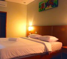 隆塔邦加洛酒店