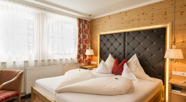 Hotel Alpenhof - 阿爾滕馬克特蓬高 - 臥室