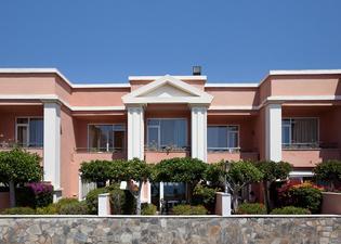 普拉亞卡普里丘酒店