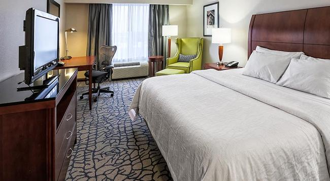 Hilton Garden Inn Louisville Northeast - 路易斯威爾 - 臥室