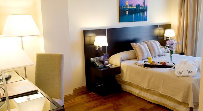 Hotel Clement Barajas - 馬德里 - 臥室