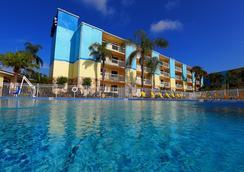 國際大道桑索爾酒店 - 奧蘭多 - 游泳池