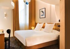 馬里尼昂香榭麗舍大街酒店 - 巴黎 - 臥室