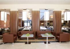 米歇爾林德納酒店 - 漢堡 - 休閒室