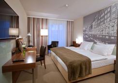 米歇爾林德納酒店 - 漢堡 - 臥室