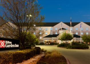 阿比林希爾頓花園酒店