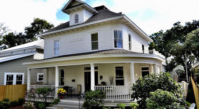 The Guest House at Gulfport Landing - 格爾夫波特 - 建築