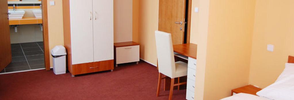 Hotel 21 - Bratislava - 臥室