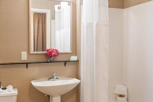地中海客棧 - 西雅圖 - 浴室