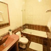 Viva Hotel Bathroom