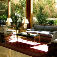 Gran Versalles Lobby Sitting Area