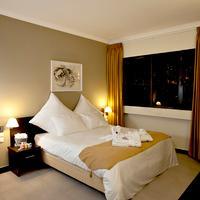 Theodor Hotel Guestroom