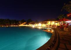 菊花度假酒店 - Phu Quoc - 游泳池