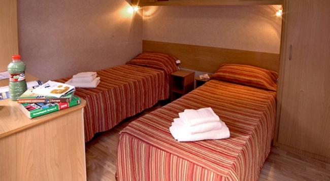 Flaminio Village Bungalow Park - Campground - 羅馬 - 臥室