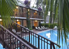 Turquoise Hotel - 錫德 - 游泳池