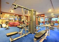 安達曼海灘套房飯店 - 巴東 - 健身房