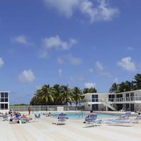 New Point Miami Beach Apartments Sundeck