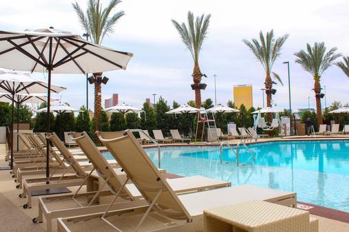 宮廷驛站賭場酒店 - 拉斯維加斯 - 游泳池