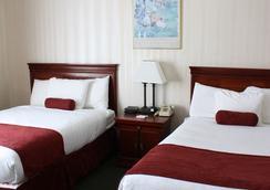 皇家大酒店 - Binghamton - 臥室