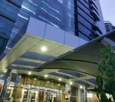 第一中央套房公寓式酒店