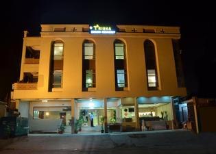 波密居住酒店