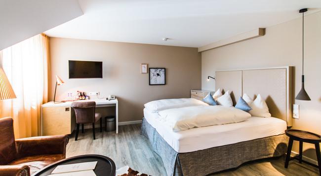 Hotel Knoblauch - 腓特烈港 - 臥室