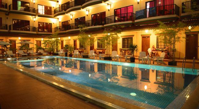 Grand Sihanouk Ville Hotel - 磅遜 - 建築