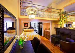 國際舒適旅館 - 紐約 - 臥室