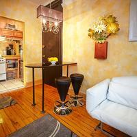 The International Cozy Inn Living Area