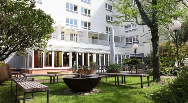 Hotel Grenzfall - 柏林 - 建築