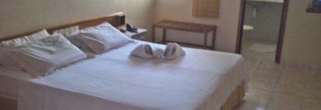 Hotel Malibu - 福塔萊薩 - 臥室