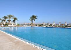 Premier Le Reve Hotel & Spa (Adults Only) - 赫爾格達 - 游泳池