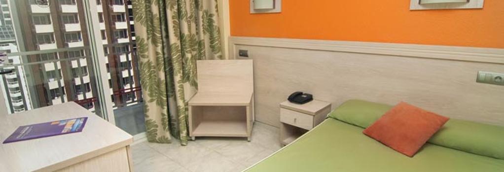Hotel Servigroup Calypso - 貝尼多姆 - 臥室