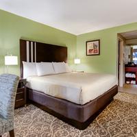 Glenstone Lodge Guestroom