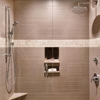 Harbourview Inn Bathroom Shower