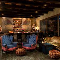 Petit Ermitage Hotel Bar