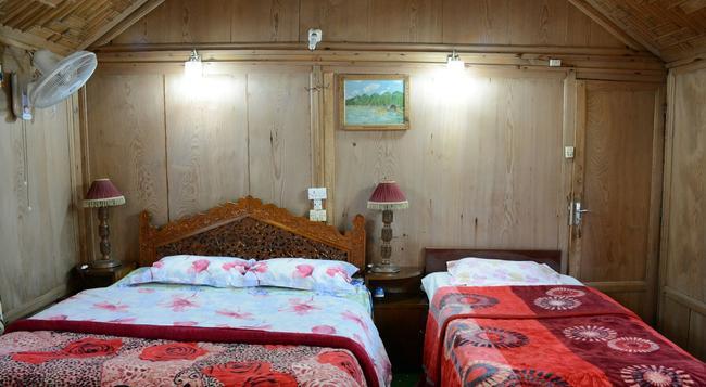 Houseboat Zaindari Palace - 斯利那加 - 臥室