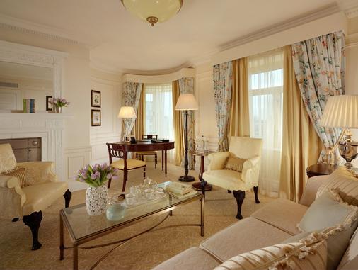 薩伏依酒店 - 倫敦 - 客廳